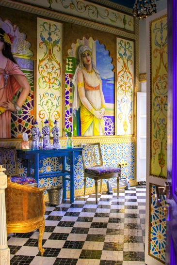 The artwork here proves that pattern, artwork and tiles can all be combined together. http://salutmaroc.com